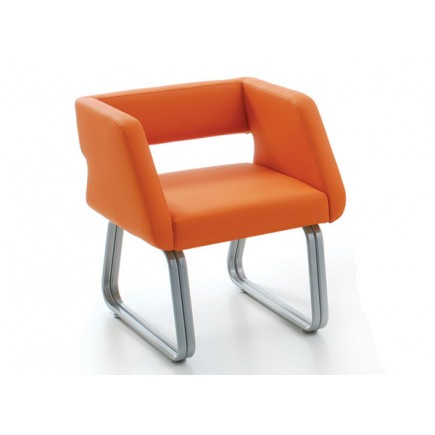 Кресло АВЕРС 700х670х800